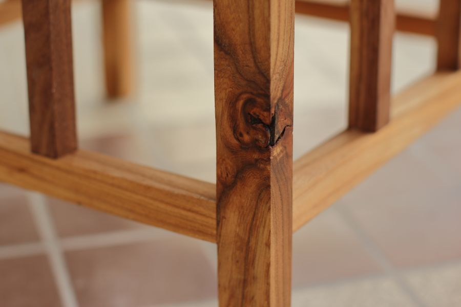 Detail of coffee table Allegaar