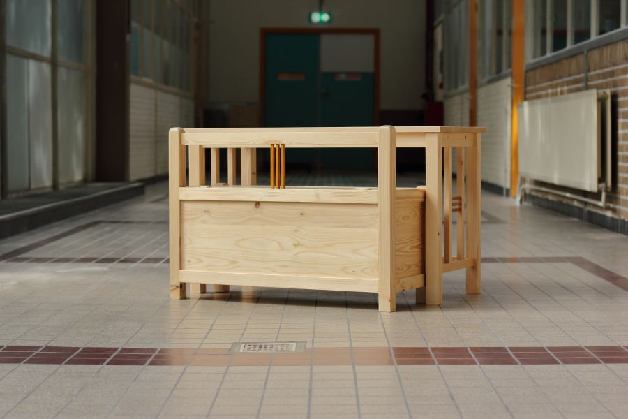 Laurier - Child's desk and bench combination