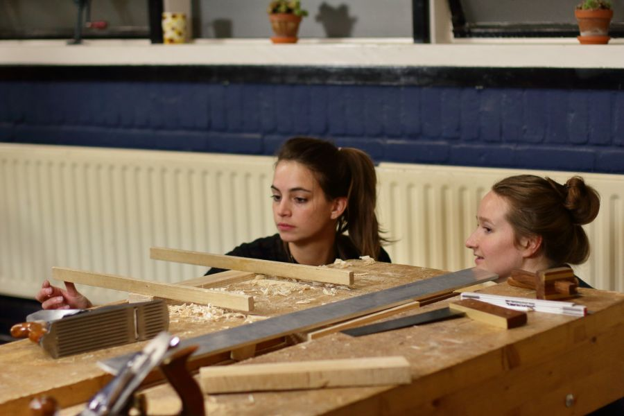 Artisanal woodworking course at Atelier Espenaer