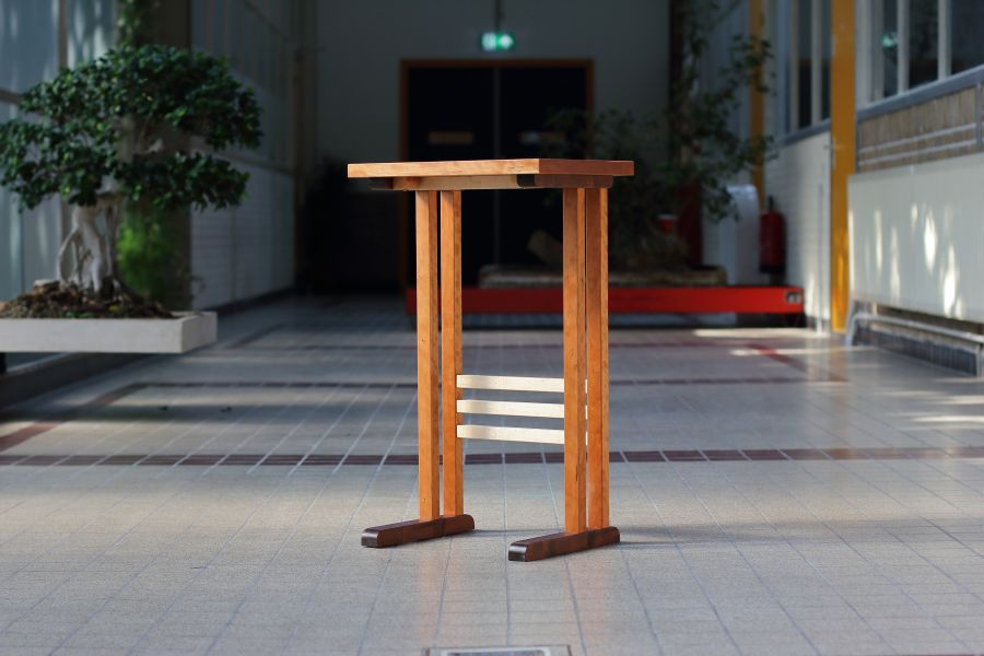 Side table Zestig by Atelier Espenaer