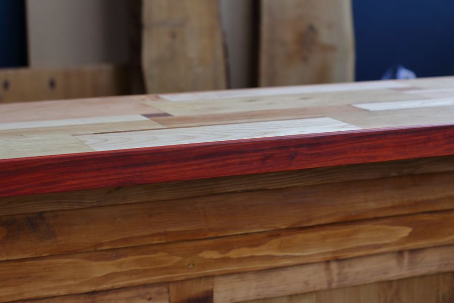 Beautiful Padauk rim for the bar top @ Atelier Espenaer