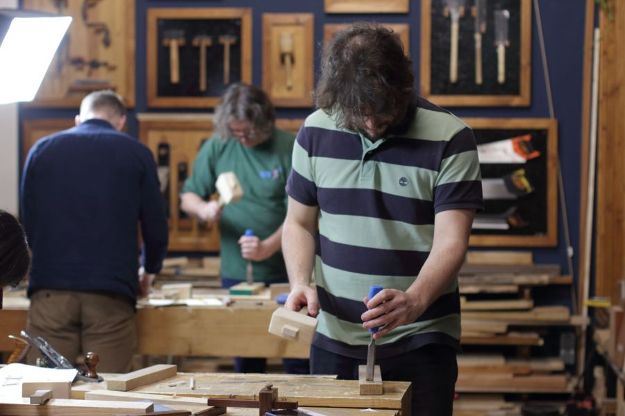 Artisanal woodworking workshop in Amsterdam at Atelier Espenaer