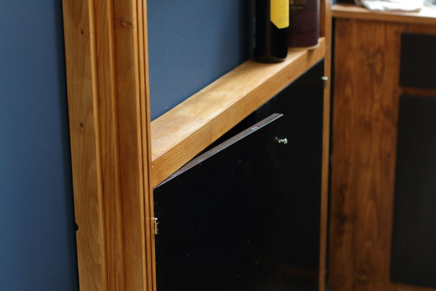 Bar cabinet @ Atelier Espenaer
