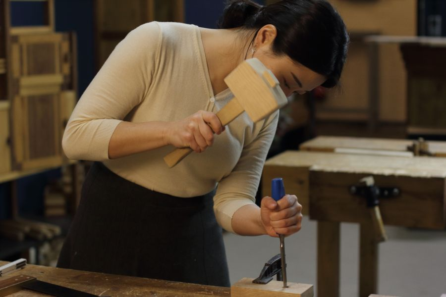 Cutting a mortise